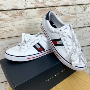 Size 7.5 NIB weONEAS Tommy Hilfiger Tennis Shoes